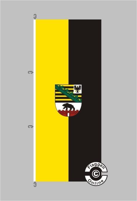 Sachsen-Anhalt mit Wappen Hochformat Flagge / Fahne für extreme Windlasten